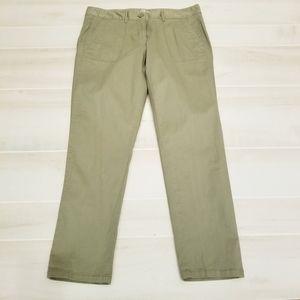 {8} LOFT Relaxed Skinny Olive Khaki Pant